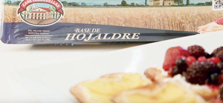 hojaldritos-melocoton-frutos-rojos-casa-tarradellas-hojaldre