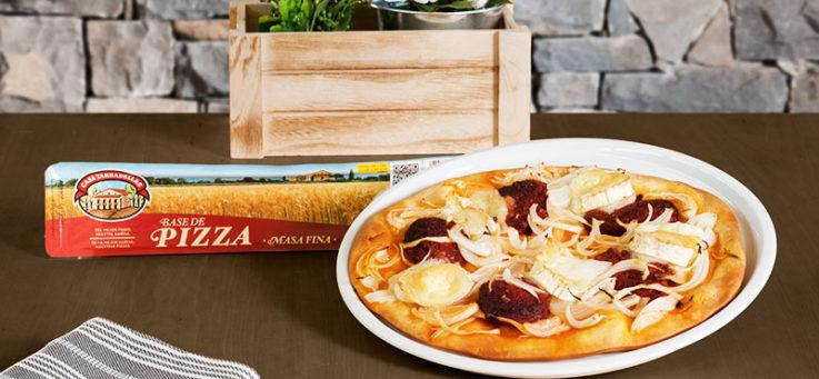 pizza-sobrasada-queso-cabra-cebolla-masa-pizza